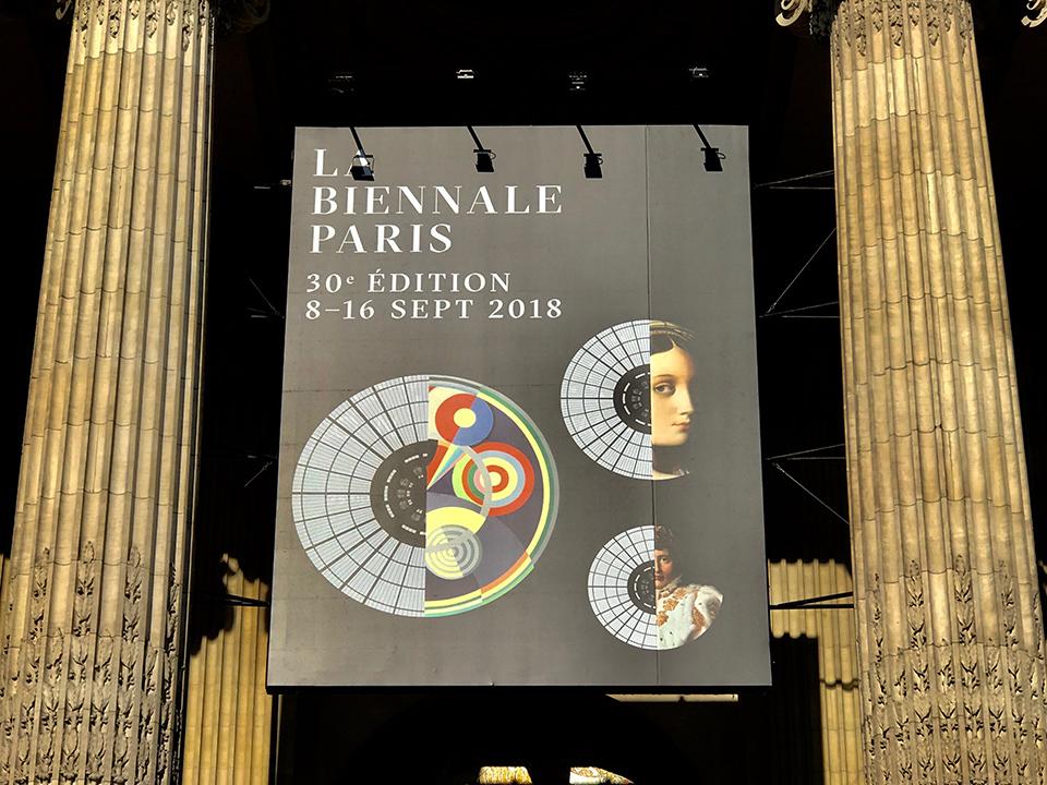 La Biennale 2018 au Grand Palais ventousage pour l'installation Totale Régie